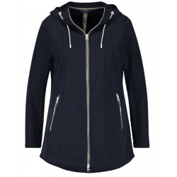 Windproof and water-repellent softshell jacket by Samoon