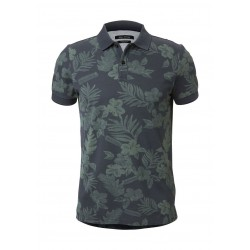 Piqué shaped polo shirt made of pure organic cotton by Marc O'Polo