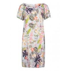 Summer dress by Betty & Co