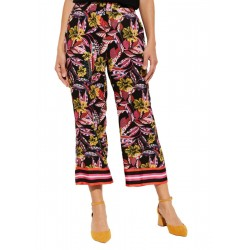 Casual trousers by comma CI