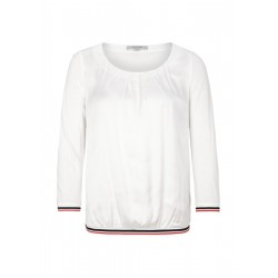 Top with 3/4-length sleeves by comma CI
