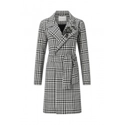 Lightweight houndstooth coat by Rich & Royal