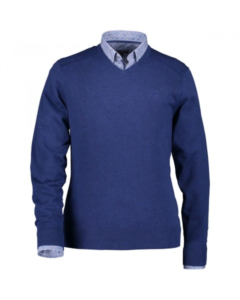 Cotton pullover with v-neck by State of Art