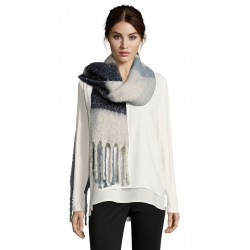 Winter scarf by Betty Barclay
