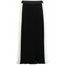 Pleated colour block skirt by Taifun