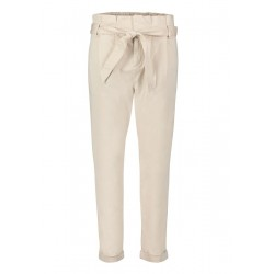 Pantalon chino by Cartoon