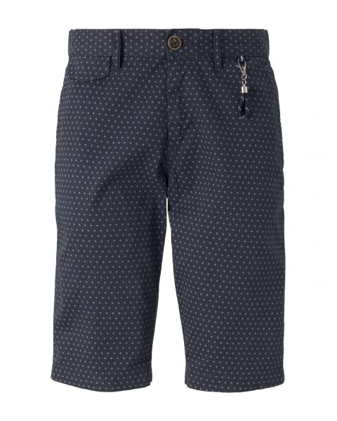 Patterned chino shorts with a key chain by Tom Tailor