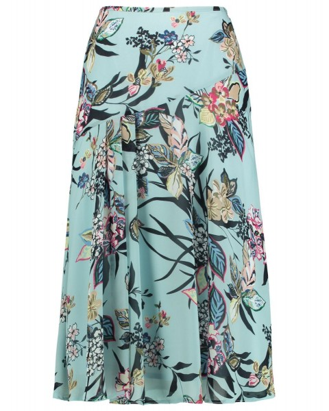 Flared skirt with a floral pattern by Gerry Weber Collection