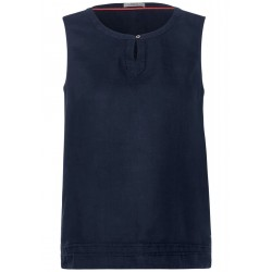 Linen top by Cecil
