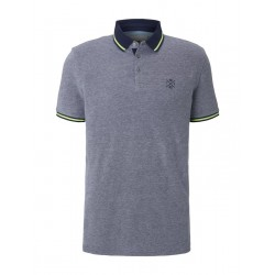 Two-tone polo shirt with a contrasting trim by Tom Tailor