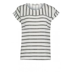 Casual T-shirt by Betty & Co