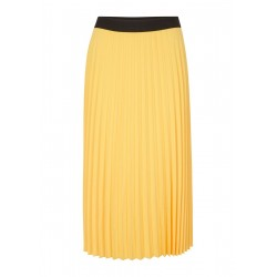 Pleated skirt by Comma