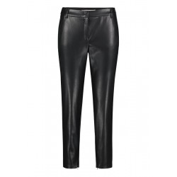 Pantalon by Betty & Co