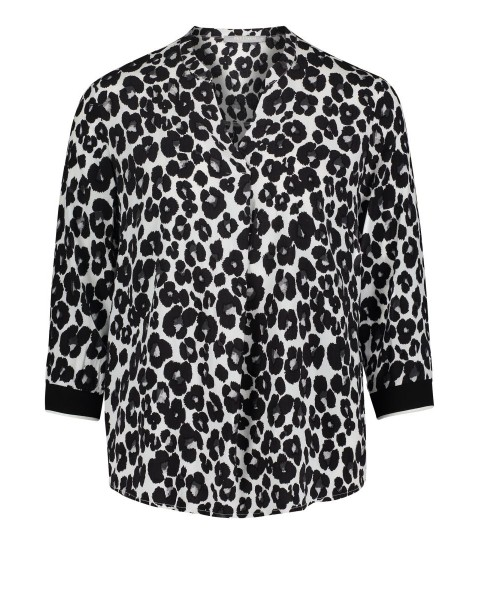 Overblouse by Betty & Co