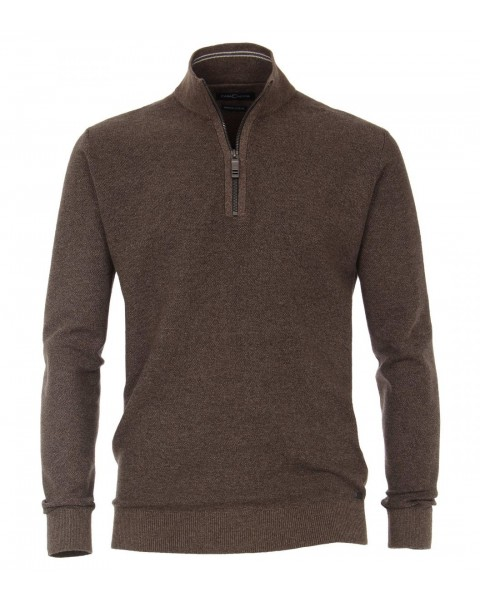 Sweater with stand-up collar by Casamoda