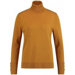 Light turtleneck sweater by Gerry Weber Collection