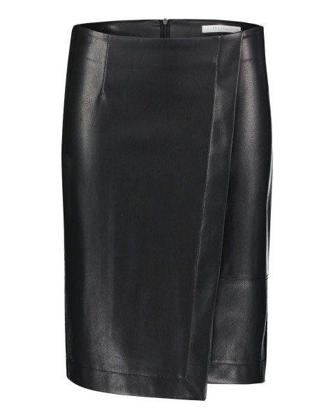 Faux leather skirt by Betty & Co