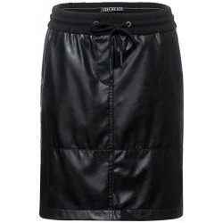 Short skirt in imitation leather by Cecil