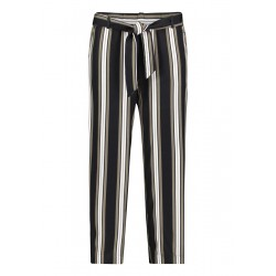 Casual trousers by Betty & Co