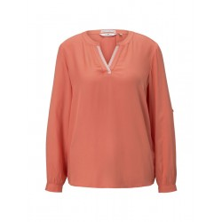 Blouse with pleat detail by Tom Tailor