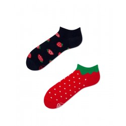 Socks STRAWBERRIES LOW by Many Mornings