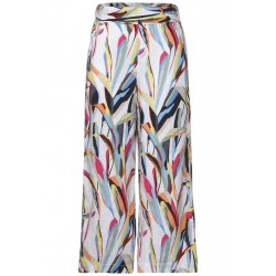 Loose Fit Hose in Print by Street One