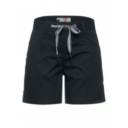 Loose fit shorts in plain color by Street One