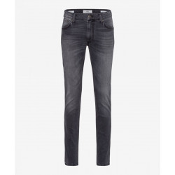 Slim Fit: Style Chuck by Brax