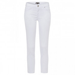 Colored jeans by More & More
