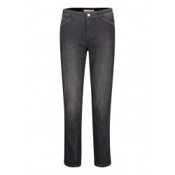 Slim fit jeans by Betty & Co