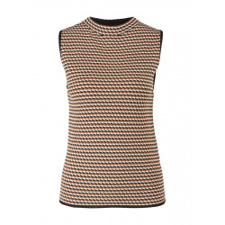 Knitted top by Comma