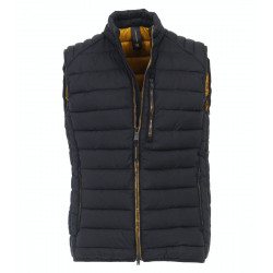 Quilted vest by Casamoda
