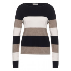 Pull-over by Street One