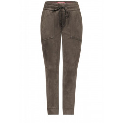 Loose fit pants in velour by Street One