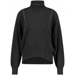 Turtleneck with studs by Taifun