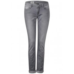 Jean Casual Fit Crissi by Street One