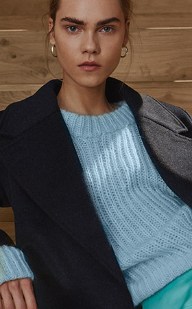 Pullover by Calliste
